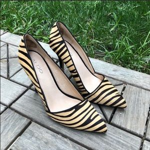 Aldo Animal Print Pointy Heel Size 39